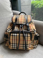 Wholesale day sacks resale online - 19ss Bucket Bag BBR classic plaid bags Never full package Lovers Travel Bag School Shoulder Bags Stuff Sack Sports Backpacks Outdoor Hangbag
