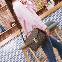 Wholesale free cell phone delivery online – custom 2019 Hotsales Women s Handbag Design Bag Ladies Handbag Luxury Bag Messenger Cell Phone Bag Free Delivery Louis Vuitton