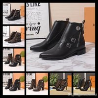 Wholesale designer patent leather boots resale online - 19ss Ultra wearable Star Trail Ankle Boot Patent Leather Botas Womens Chunky Heels Martin Boots Winter Warm Shoes Botas Outdoor Hiking Boots