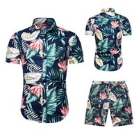chemisiers de vacances noirs achat en gros de-Hommes Hawaï De Vacances D'été Floral Fleur Blouse Chemise Haut Costume Ensembles Noir Pantalon 2 PC 6 Couleurs