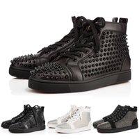 los zapatos claveteados liberan el envío al por mayor-2019 Nuevo diseñador de la marca Studded Spikes Flats Shoes Red Bottom shoes for Women Women Party Lovers zapatillas de deporte de cuero genuino 35-46 envío gratis