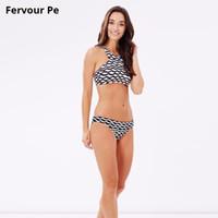 tipos de bikinis al por mayor-Verano Nueva Europa y América Traje de baño para mujer Bikini sexy para mujer Estampado de olas Traje de baño Tipo dividido Bikini Traje de baño T18012