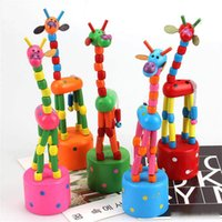 lindos juguetes de jirafa al por mayor-Jirafa de madera colorido del juguete Rompecabezas lindo de dibujos animados Swing mecedora Decoración Animal para Niños del partido del jardín