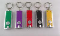 pil tokası toptan satış-Toptan Anahtarlık Tetris Anahtar Toka Işık Anahtarlık Kare Plastik Mini El Feneri Pil Erkekler Ve Kadınlar Için LED Işık Ile