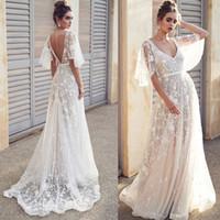 robes de mariée lacées achat en gros de-Sexy Beach v-cou Une ligne robes de mariée Illusion dentelle dos ouvert robes de mariée robe Boho robe de mariée pas cher haute qualité robes