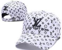şapka avrupası toptan satış-2019 Yüksek kaliteli kemik erkek kadın tasarımcı şapka açık spor eğlence headdress Avrupa tarzı güneş şapka lüks Beyzbol kapaklar casquette gorras