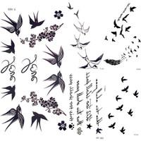 tatuaje de transferencia de plumas al por mayor-Linda golondrina Pluma de pájaro Pegatinas temporales Rama de la flor Letra Transferencia de agua Tatuaje Mujeres Cuerpo Cofre Brazo Arte del tatuaje Hombres Mano