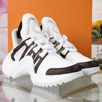 senhoras tamanho 35 sapatos casuais venda por atacado-Senhoras nova moda sapatos casuais única série de sapatos casuais designer versátil sapatos projetados para senhoras tamanho 35-41 caixas R19