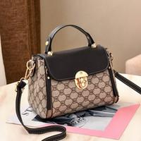 Wholesale ladies luxury handbags for sale - Group buy Women Printed Designer Bucket Bags New Gold Lock Handbag Purses Fashion PU Leather Bags Handbags Luxury Ladies Shoulder Bag