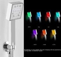 banho de chuveiro levou luz venda por atacado-Handheld LED Cabeça de chuveiro 7 Cores LED Cor Mudar Romantic Luz Economia de Água Banho Casa de Banho Chuva Chuveiro
