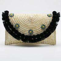 соломенные муфты оптовых-2019 Summer New Straw Beach Day Clutch Bag Floral Messenger Bag Rattan Weave Crossbody Small Cute  Designer Hand