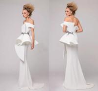 vestidos bordados brancos para festa venda por atacado-Elegante Branco Sereia Vestidos de Noite Strapless Ruched Pérolas Bordadas de Cetim AZZI OSTA Vestidos de Noite Formal Barato Vestidos de Festa