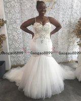 véu de volta venda por atacado-2019 africanos Sexy espaguete sereia vestidos de casamento Lace apliques longo véu de tule tribunal Train Lace up Back Plus Size Formal vestido de noiva
