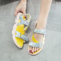 gelbe frühlings-sandalen großhandel-2019 neue Frauen Freizeitschuhe Frühling Haken Schleife Frauen Sport Sandalen Dicken Boden Laser Gesicht Frauen Schuhe Flut Gelb Lila Mode Sandalen