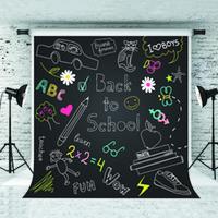 детские темы оптовых-Dream 5x7ft Снова в школу Фон мультфильм шаблон Blackboard Фотография Фон для детей Школа Тематическая съемка Студия Опора 1.5x2.2 м