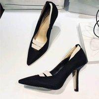 zapatos de cuero marrón al por mayor-El envío libre tan Estilos Kate 9.5cm altos talones inferiores rojos de color negro de cuero genuino del dedo del pie del punto de las mujeres bombea los zapatos de boda de goma