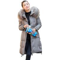 chaqueta abajo de las mujeres coreanas al por mayor-Abrigos de piel de oveja Otoño Invierno Chaqueta Ropa de mujer 2018 Coreano Vintage Mapache de piel de perro con capucha abrigo caliente más el tamaño ZT1228