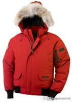 hoodie kırmızı adam toptan satış-Yüksek Kalite KANADA Yeni Kış Erkekler Down kirpi ceket Casual Marka Kapüşonlular Aşağı Parkas Sıcak Kayak Erkek Palto Siyah Kırmızı 200