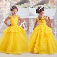 vestido de bautizo amarillo al por mayor-Las muchachas amarillas atan el vestido de la muchacha de flor que rebordea el marco para el partido Bautismo de bautizo dama de honor de la boda de la dama de honor 17flgB99