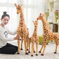 sevimli zürafa oyuncakları toptan satış-Büyük Gerçek Hayat Zürafa Peluş Oyuncaklar Sevimli Dolması Hayvan Bebekler Yumuşak Simülasyon Zürafa Bebek Yüksek Kalite Doğum Günü Hediyesi Çocuklar Oyuncak