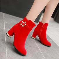 kırmızı kısa topuklu toptan satış-Seksi Flock Bilek Boots İçin Kadın Platformu Yüksek Topuklar Sonbahar Kış Bayan Kısa Düğün Boots Toka Kırmızı Siyah ZB078