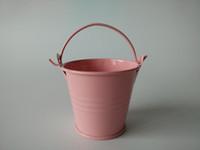 ingrosso mini vasi di latta di fiori-D6 * H5CM Rosa Mini Secchi vasi di latta Piccoli secchi Vaso per fiori Baby Shower party favor grilli fioriera Favore per matrimonio Titolare