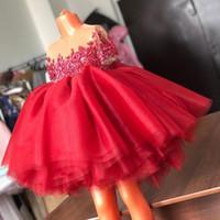 küçük kırmızı elbise düğün toptan satış-Kırmızı Dantel Boncuklu Çiçek Kız Elbise Sheer Boyun Tül Küçük Kız Düğün Parti Elbiseler Vintage Communion Pageant Abiye