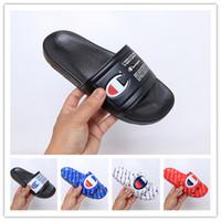 chanclas negras para hombres al por mayor-2019 Nueva llegada Champions Flip-flop para zapatillas de moda de buena calidad para hombre Mujer Verano Zapatillas de playa Negro Rojo Sandalias ocasionales tamaño 36-45
