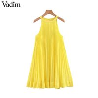 vestidos bonitos em linha reta venda por atacado-Mulheres Vadim Amarelo Chiffon Mini Shift Vestido Halter Sem Mangas Bonito Em Linha Reta Feminino Elegante Vestidos Plissados Vestidos Qb567 J190429
