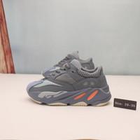zapatos de moda para niños al por mayor-Moda infantil Wave Runner 700 zapatillas de deporte para niños 700 zapatillas deportivas 10 colores tamaño euro 26-35