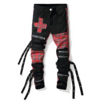 pantalon rojo para hombre al por mayor-Moda Jeans para hombre delgado de costura Multi-bolsillo de la cremallera de la borla de la tela escocesa roja del enrejado de la personalidad recta pantalones de mezclilla pantalones largos