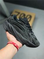 mejores botas de carrera al por mayor-2019 Nuevo Lanzamiento 700 V2 Vanta Wave Runner Kanye West Triple Negro 3M Reflexivo Hombre Mujer Zapatillas Zapatillas Deportivas