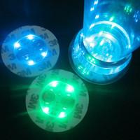 luz bb venda por atacado-Colorido Rodada Coasters Bateria Substituível LED Light Up Garrafa Adesivos de Moda Festa Cup Bottom Adesivo Popular 2 8hl BB