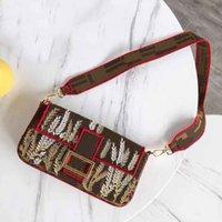 bolsas bordado designer venda por atacado-Mais novo bordado Baguette designer de bolsas de luxo bolsas mulheres clássico Pequeno delgado desinger crossbody saco de festa pacote