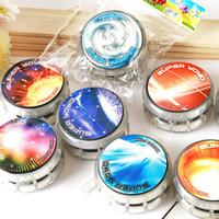 açık top renkleri toptan satış-LED Işık ile Yoyo Topu Topu Trick Topları Çeşitli Renkler Çocuklar Yenilik Hediye Parmak İplik Plastik Souptoys Doğrudan Anlaşma 1 2cq M1