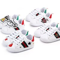 Wholesale girls lace sneakers resale online - Baby Shoes Newborn Boys Girls Heart Star First Walkers Kids Toddlers Lace Up PU Sneakers Prewalker White Shoes
