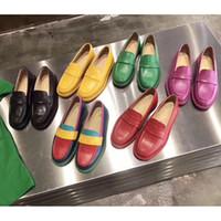 jöle harfleri toptan satış-2019 Mektuplar Mix Renk Hakiki Deri Bayanlar düz dipli ayakkabı jöle Renk Katır Loafer Ayakkabı kadın Baskı Deri Terlik Sandalet 35-40