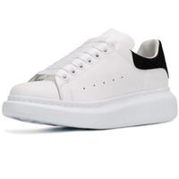 kadınlar için siyah dantel ayakkabıları toptan satış-Yeni Sezon Tasarımcı Ayakkabı Moda Lüks Kadın Ayakkabı erkek Deri Lace Up Platformu Boy Sole Sneakers Beyaz Siyah Rahat ayakkabılar