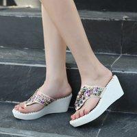 calçados brancos calcanhares venda por atacado-YMECHIC 2.018 Branca Partido Bohemian Moda casamento Plataforma Wedges Flip Flops sapatos de salto alto das mulheres de Verão Slides Bead Chinelos