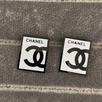 boucles d'oreilles carrées achat en gros de-Nouvelle arrivée en gros prix hommes timbre lettre noir blanc carré boucles d'oreilles 18 carats plaqué or 4 couleurs 316L en acier inoxydable boucles d'oreilles pour femmes