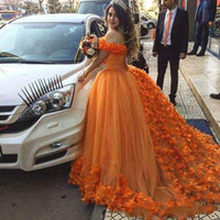 Wholesale melon quinceanera dress flowers for sale - Group buy 2019 Off Shoulder Hand Made Flowers Tulle Sweet Princess Open Back Party Prom Evening GownsGorgeous Orange Quinceanera Ball Gown Dresses