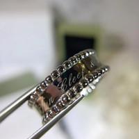 18k platin china großhandel-S925 Sterling Silber luxuriöse Punk-Band-Ring mit Stempel Logo Charm Ring in Gold Roségold platiniert Schmuck Muttertagsgeschenk Schmuck