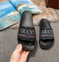 ingrosso donne sexy in pelle di gomma pvc-2019 Top-Quality Sandali di marca Pantofole Designer Pantofole Sandali estivi Scivoli di spiaggia Pantofole di moda Pantofole Scarpe casual 35-46