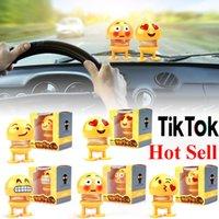 brinquedos de plástico primavera venda por atacado-2019 Emoji Shaker Sorriso Balançando A Cabeça Boneca de Brinquedo Ornamentos de Carro Decoração de Plástico Dos Desenhos Animados Engraçado Primavera para Sala de estar Tik Tok Venda quente