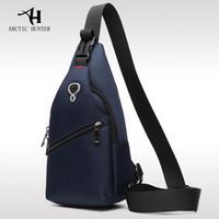 bolso de los hombres del estilo de corea al por mayor-ARCTIC HUNTER New Male Chest Bag Fashion Leisure Impermeable Hombre Oxford Cloth Corea Style Messenger Shoulder Bag For Teenager Bag