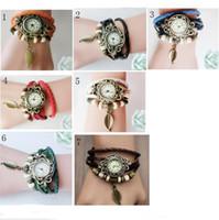 envolver pulseras de reloj al por mayor-Retro Pulseras de cuarzo Relojes Hoja Colgante Correa de cuero Vestido Reloj de pulsera Brazalete Vintage Wrap Reloj Reloj de pulsera Mujeres Hombres Relojes de punto 2019