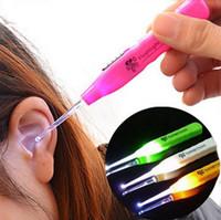 ingrosso pulitore per microonde-Baby Earpick rimozione cerume LED torcia tappi per le orecchie detergente cuffie dispositivo di pulizia dell'orecchio strumenti orecchio incandescente C5840