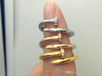 altın gümüş çiviler toptan satış-En Kaliteli Paslanmaz Çelik Altın gümüş gül altın Tırnak yüzük diamonds ile aşıklar Band Yüzükler Kadınlar ve Erkekler için Çift yüzükler Lüks Takı
