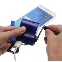 carregador de dínamo manual venda por atacado-Mão de emergência portátil universal power dynamo manivela usb charger de carregamento para todos os telefones móveis da marca zza429