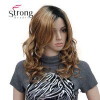 perruques de longueur moyenne ondulées brunes achat en gros de-Perruque de cheveux synthétique pleine longueur ondulée naturelle brun foncé avec Ombre naturelle duveteuse pour femmes